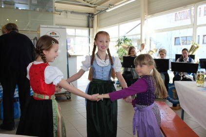 Die kleinen Gäste tanzten ausgelassen zur Musik